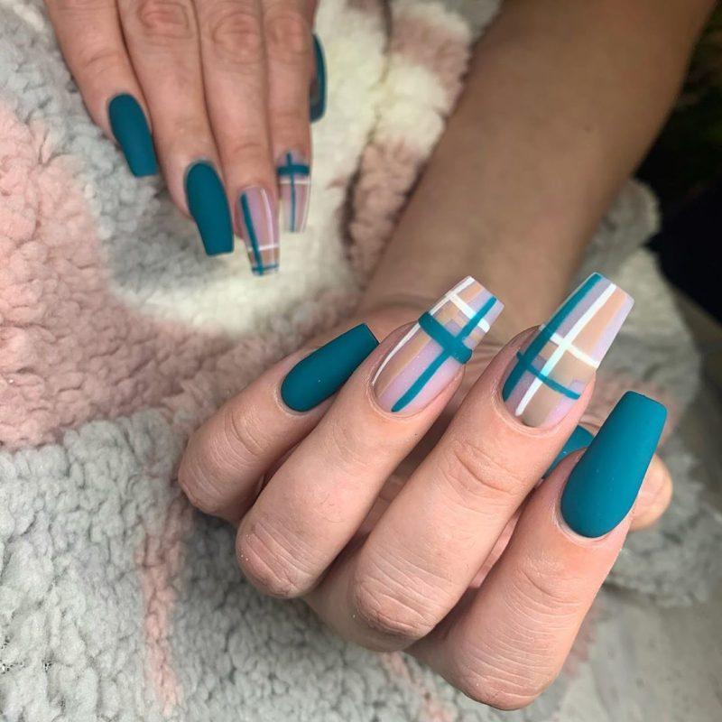 7 Beautiful Fall Nail Art Designs For Inspiration